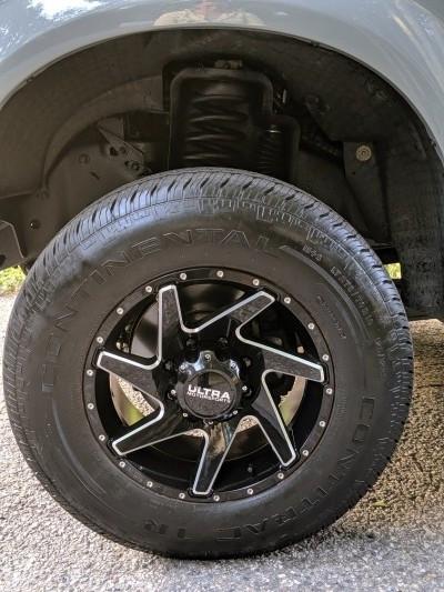 08-ford-wheel-resized-e1568665535609.jpg