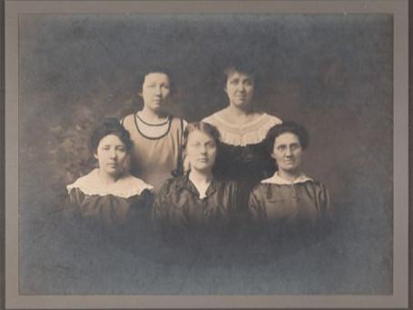 The Women of the Tin Photo