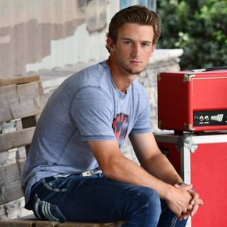HAYDEN BAKER TO OPEN FOR WADE BOWEN AT FT. BEND COUNTY FAIR  ARTICLE AT HOUSTON CHRON