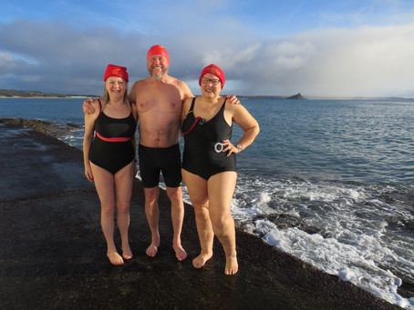 65@65 SWIM #37, PENZANCE, WITH THE BATTERY BELLES AND BUOYS
