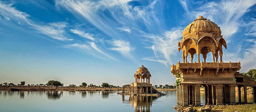 Gadisar Lake, Jaisalmer - Beauty of India Tours
