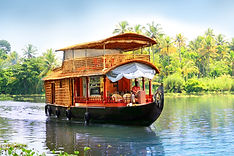 Kerala backwater boat.jpg
