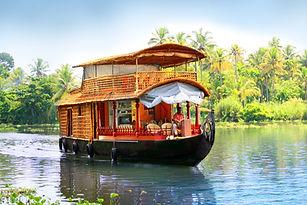 House boat cruise in Kerala