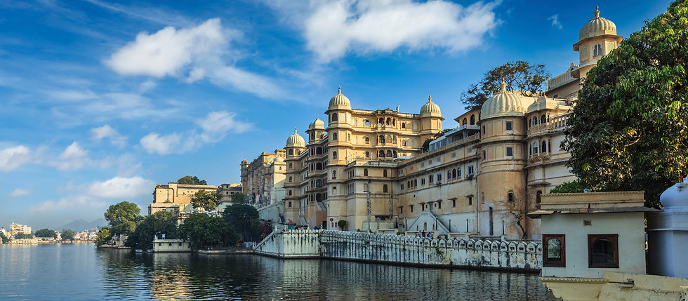City Palace exterior, Udaipur - Beauty of India Tours