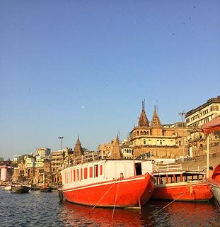 Varanasi Ghats - Beauty of India Tours