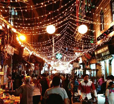 A nightime busy street in Delhi