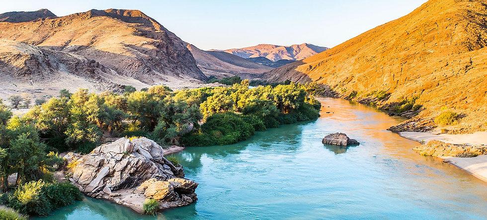 1908-x-798-Namibia_edited.jpg