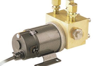Simrad Autopilot NAC-2 Pack & Pump