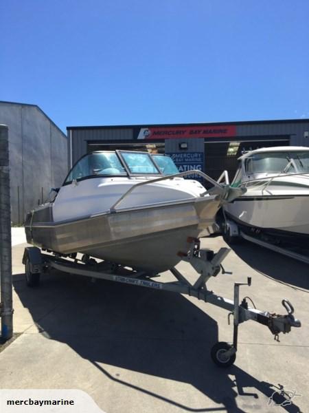 BOATS FOR SALE   Mercury Bay Marine   Boat Shop Whitianga