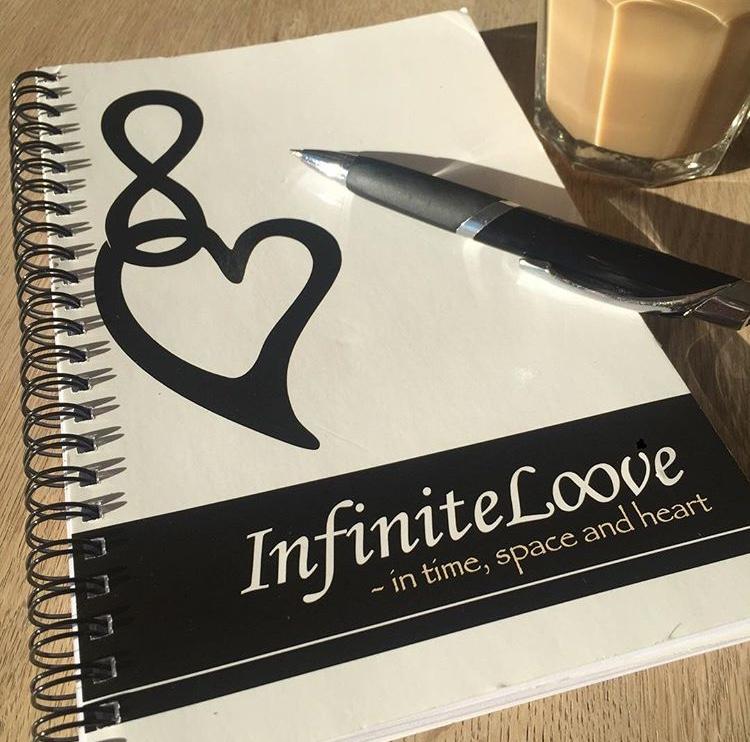 InfiniteLoove booklet