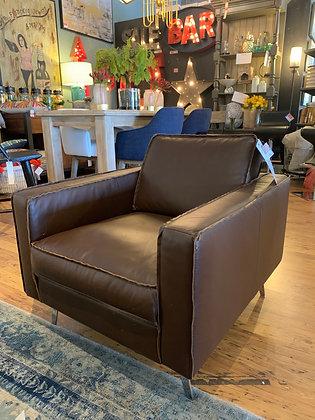 Travis Club Chair