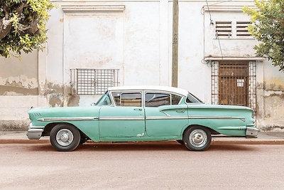 CUBAN CAR, GREEN AND WHITE I