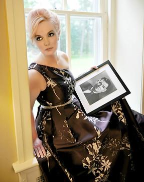 Doreen Taylor Visits Oscar Hammerstein Home