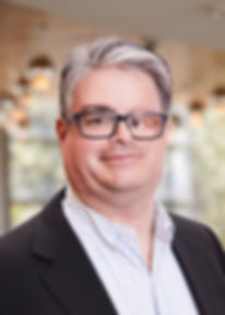 Dr. Marc Pieniek