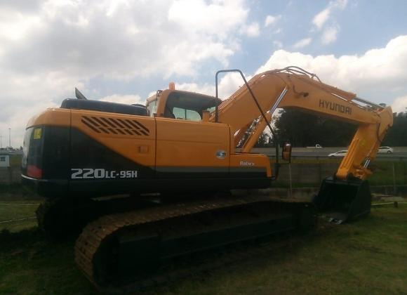 Hyundai 220LC-95H Excavator
