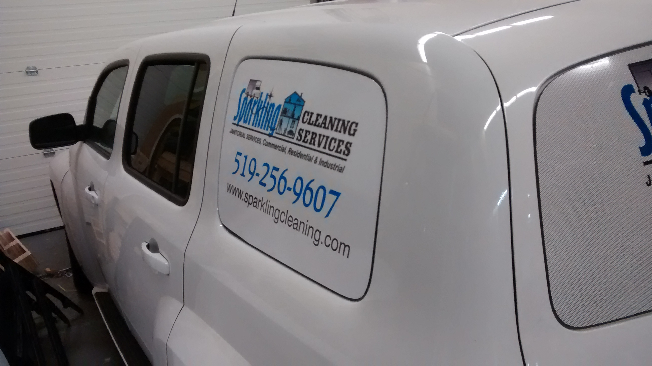 minivan graphics