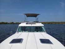 Quattro Fly C - Revier Charter - Hausboot mieten