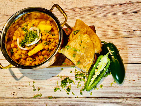 Aaloo Cholay (Spiced Chickpeas and Potatoes) Instant Pot Version