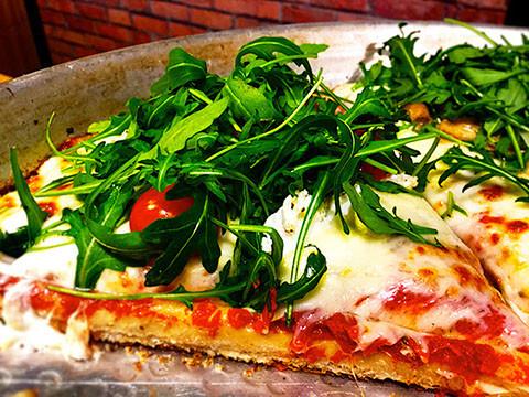 pizza rucola.jpg