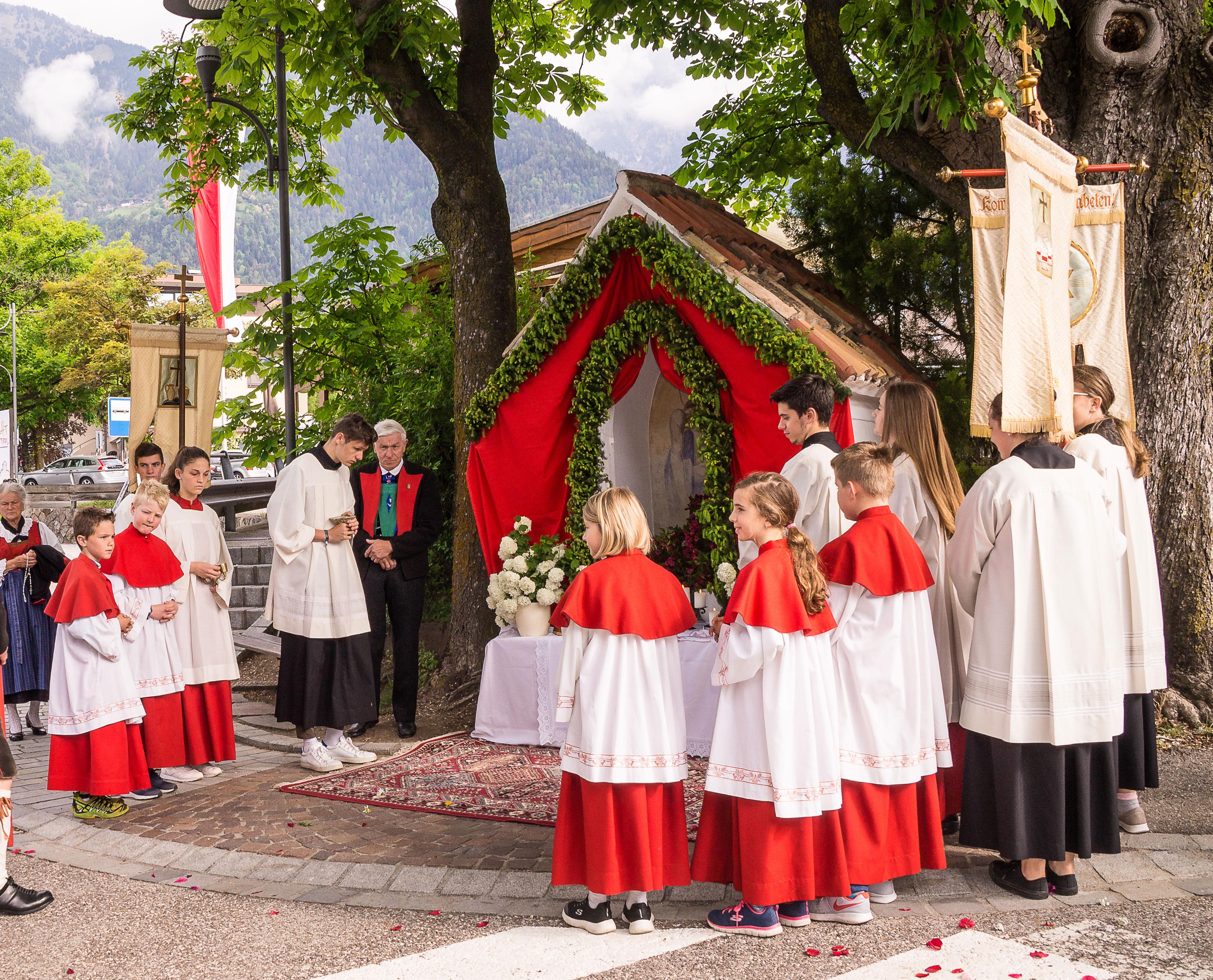 Ministranten Dorf Tirol