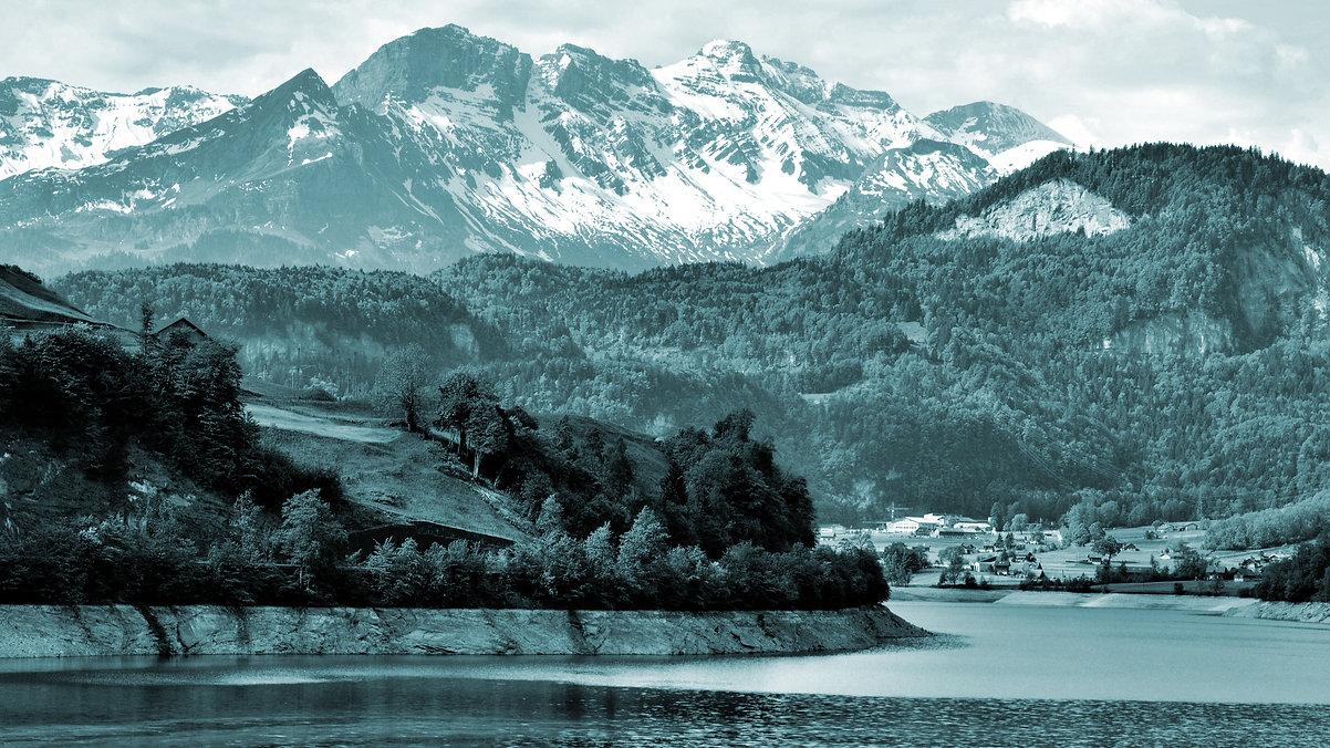 Mountain Lake 2.jpg