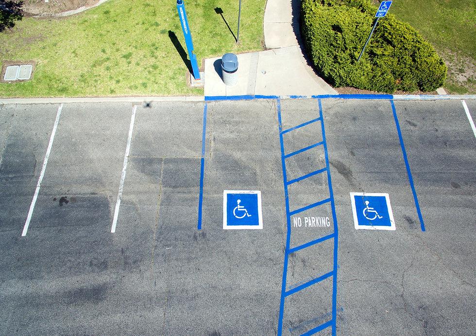 SMT_parking-lot_01.JPG