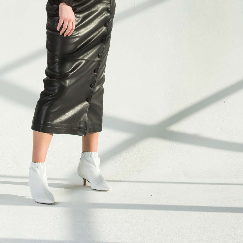 The Maria skirt in Black