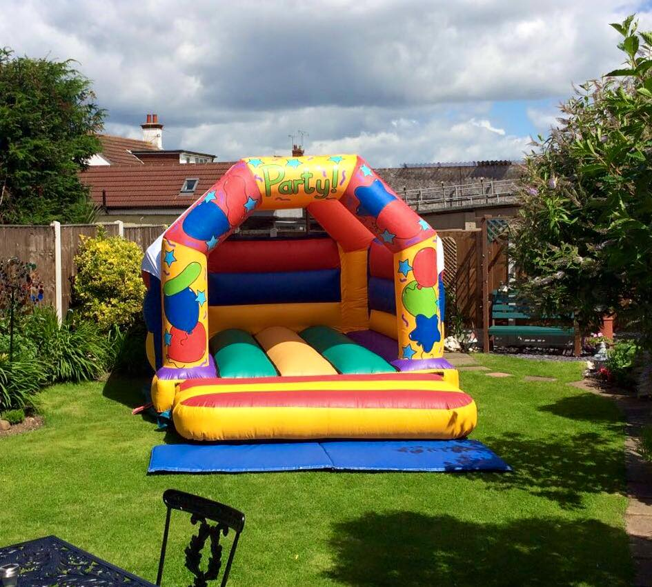 fun bounce castle