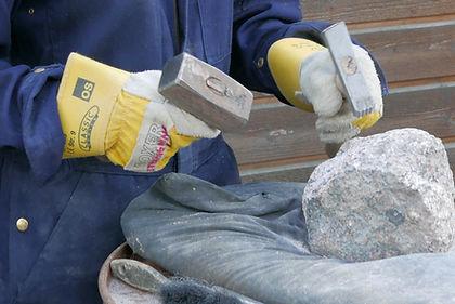 Håndværksfag giver en alsidig dagligdag og giver teoretisk, praktisk og kunstnerisk indsigt