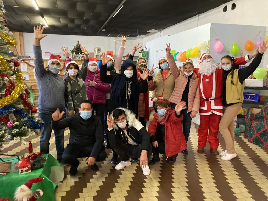 L'équipe du lundi fête Noël