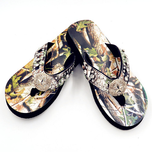 Premium Camouflage Lone Star Concho Flip Flops