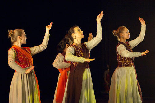 Advance Dance