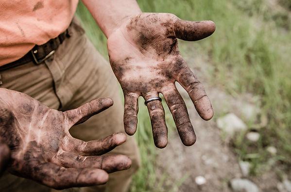 Dreckige Hände