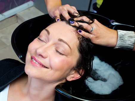 Salon Secrets: How to Properly Wash Your Hair like a Professional Hairstylist