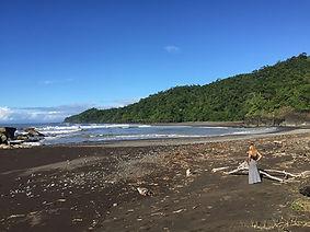 surf-adventure-travel-writer-panama.jpg