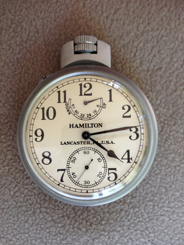 VCH Looks at The Hamilton Model 22 Chronometer Deck Watch