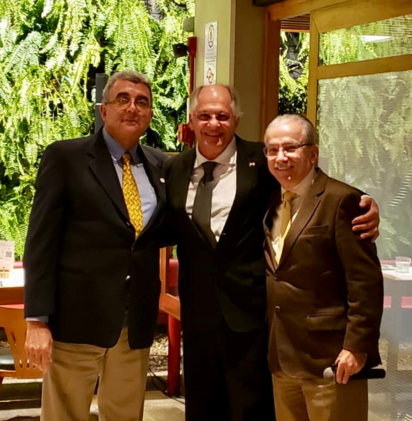 Dr. Toufic Sleiman, Dr. Walid Salomão Mousfi e Dr. Renato Assad