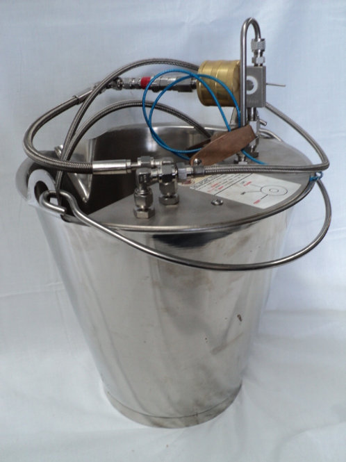 QC-048 - 13.6Ltr Millipore Test Bucket