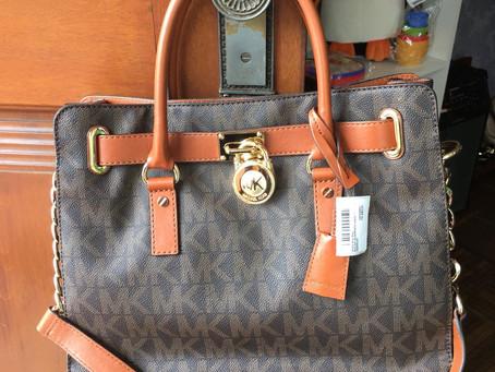 Bolsa Hamilton satchel grande com estampa monograma