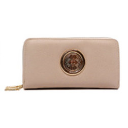 Medallion Clutch