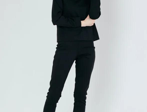 Black tracksuit with leggins