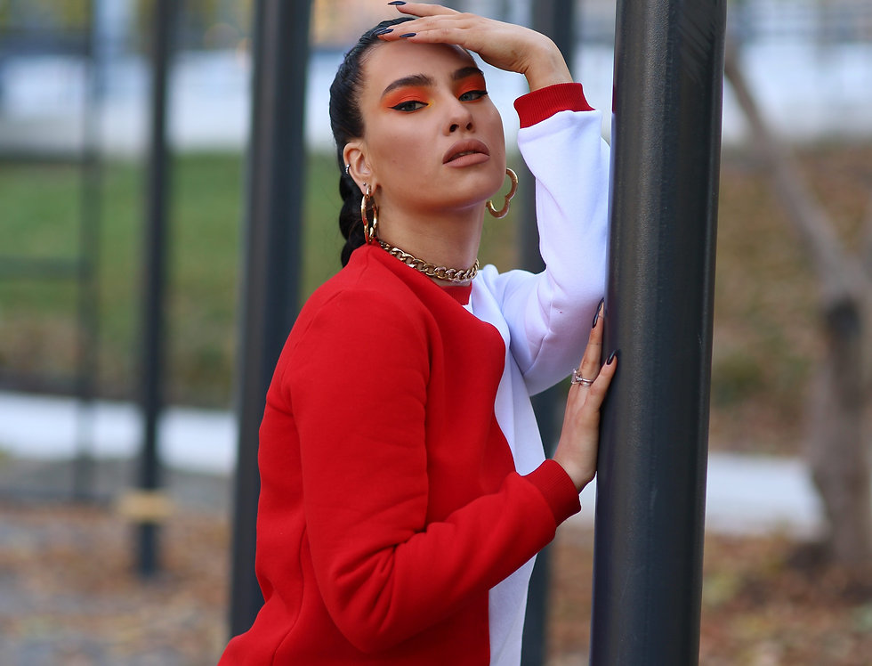 Knitwear red & white top