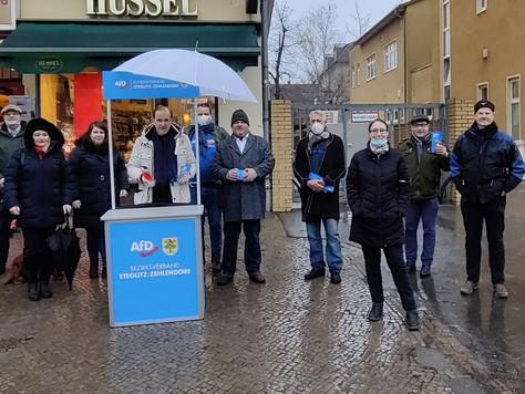 Standaktion in Stegliz-Zehlendorf