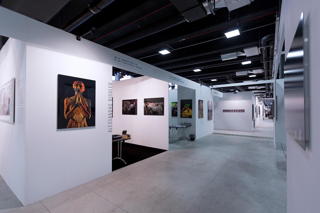 1 gallery