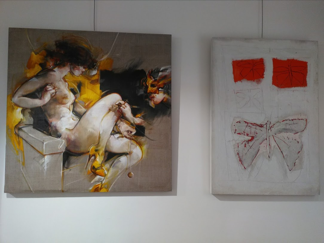 4 gallery