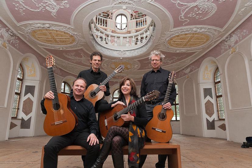Quartett_2 - Amadeus Guitar Duo und Gita