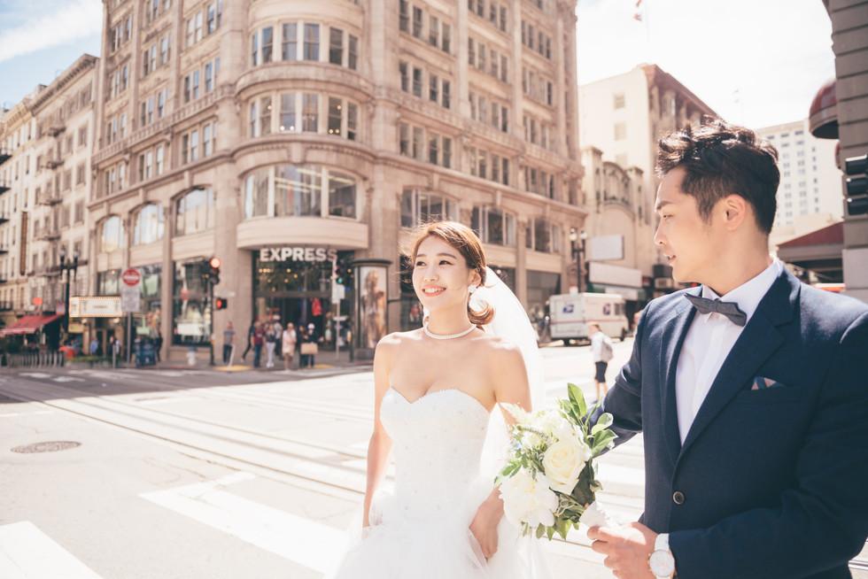 San Francisco Downtown Couple photos