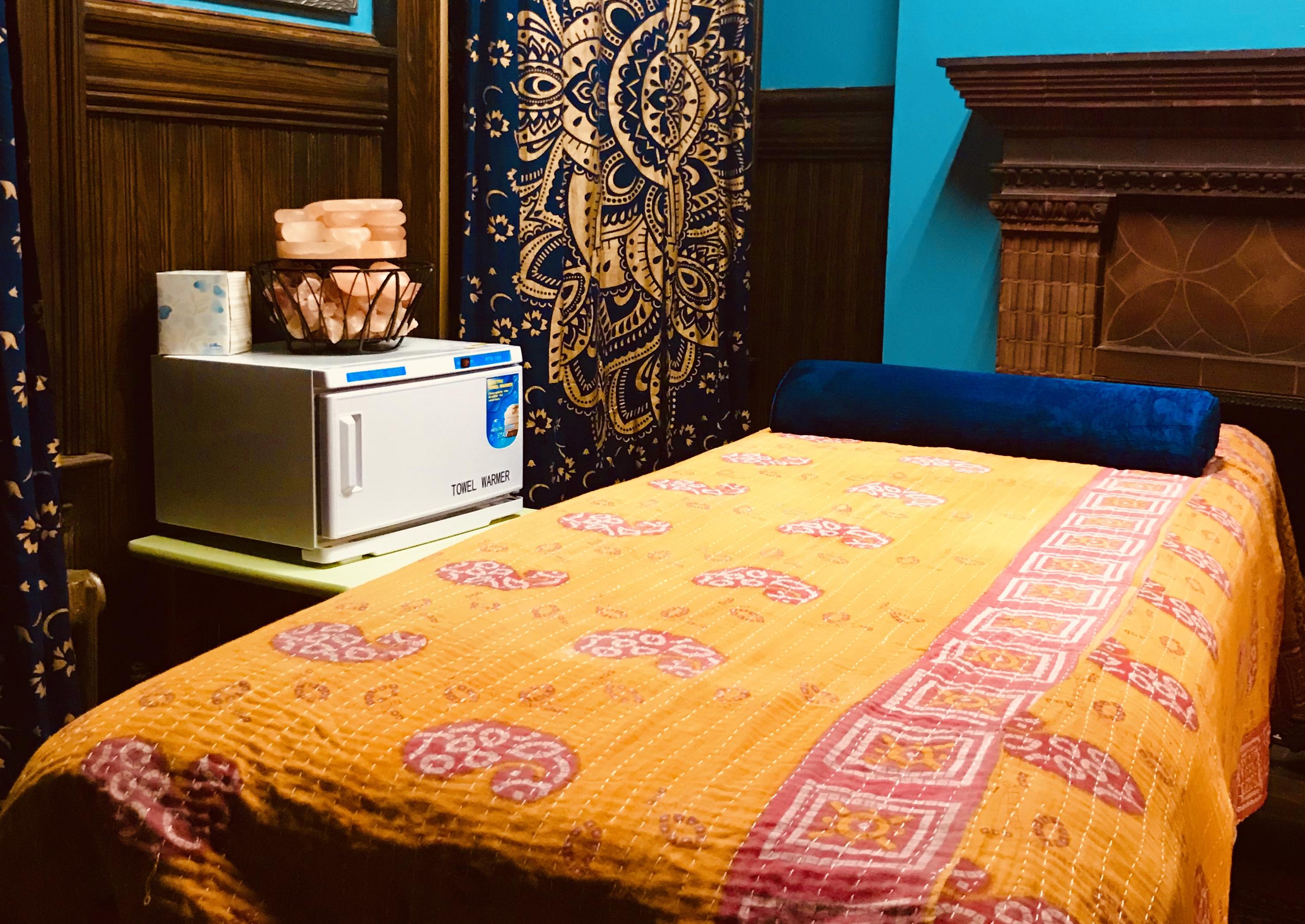 Massage, table, massage table, bolster, towel warmer, salt lamp, salt stones