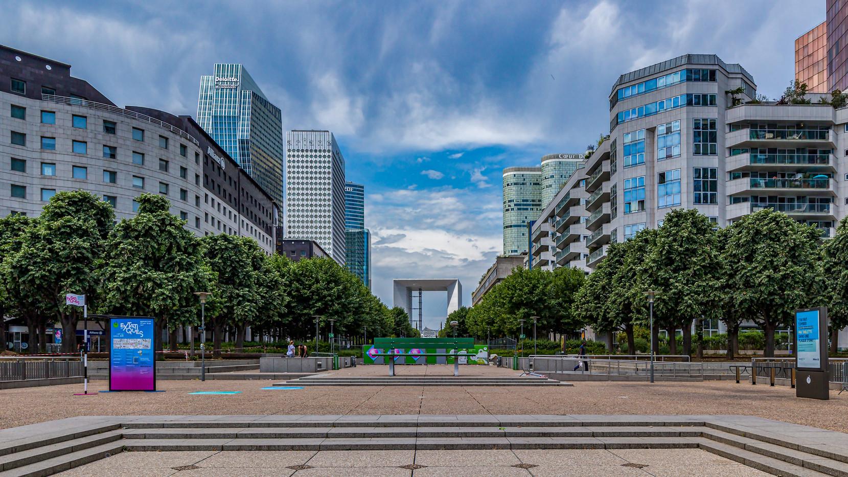 L'esplanade de La Défense