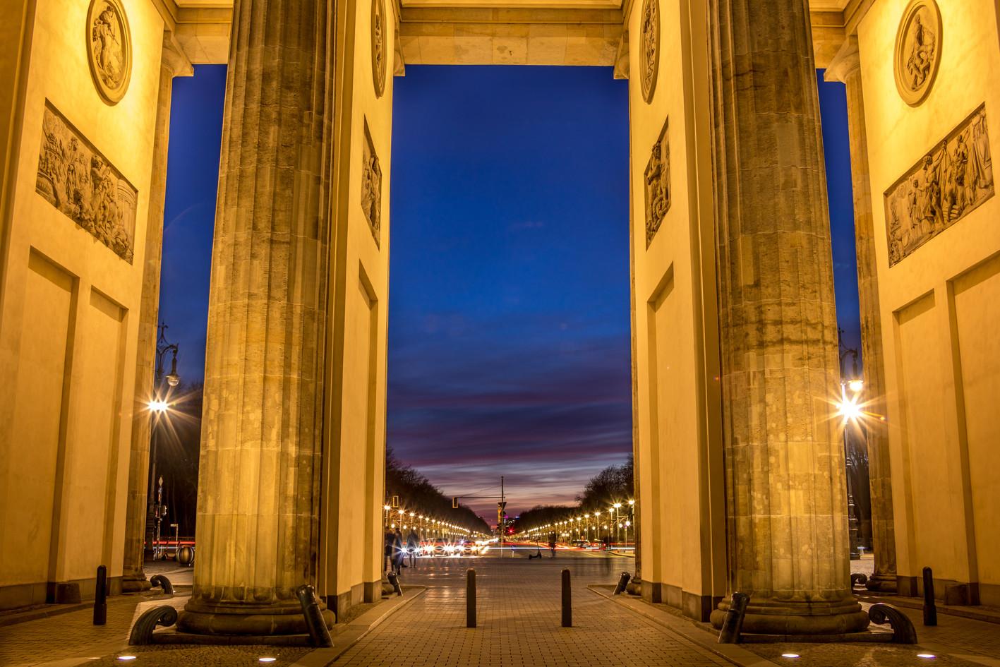 Sous la Porte de Brandebourg